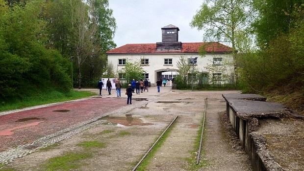 Munich, Dachau. 4/4 : Dachau : un billet pour l'enfer