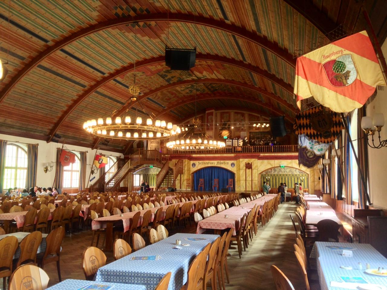 14. Salle de danse de la brasserie Hofbräuhaus